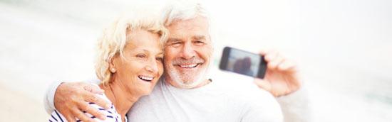 glückliches paar im alter